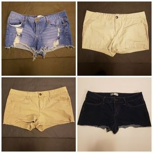 4 Pairs of NOBO Shorts Size 17